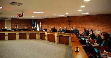 Justiça do Tocantins aumenta vale alimentação dos juízes e servidores para R$ 1,7 mil por mês